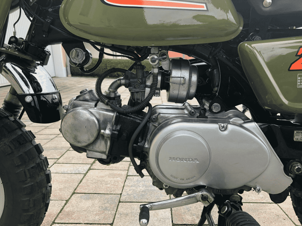 Honda Monkey 1976 in perfect conditon - left side detail