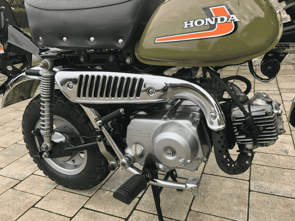 Honda Monkey 1976 in perfect conditon - exhaust detail