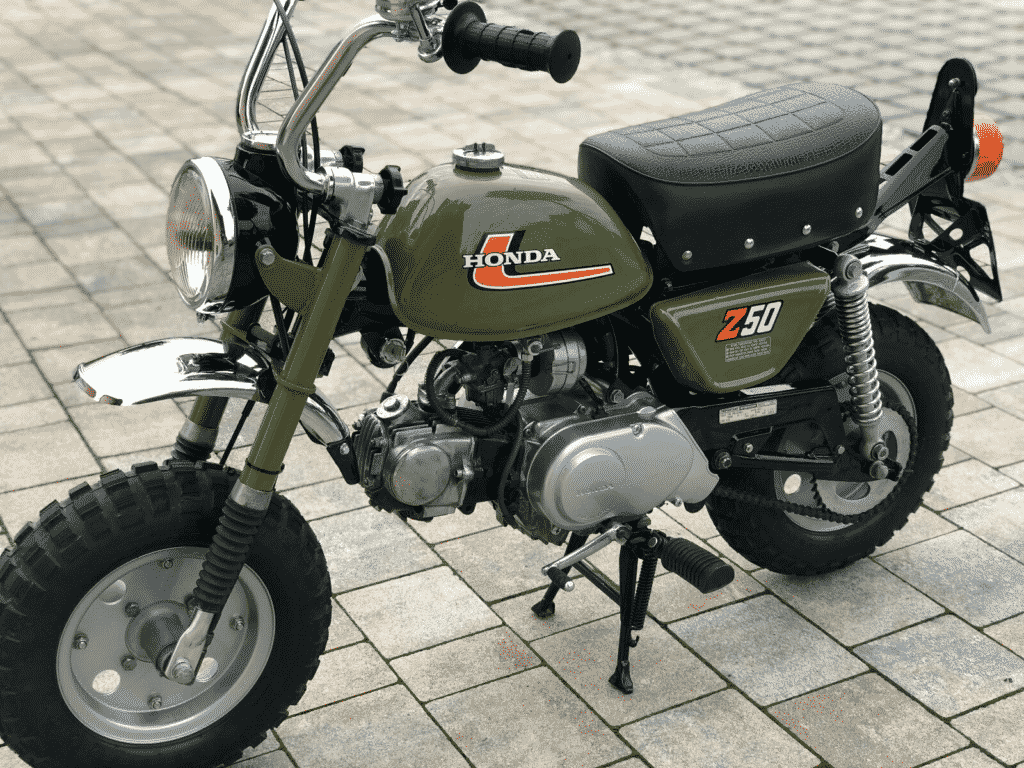 Honda Monkey 1976 in perfect conditon - view from left front