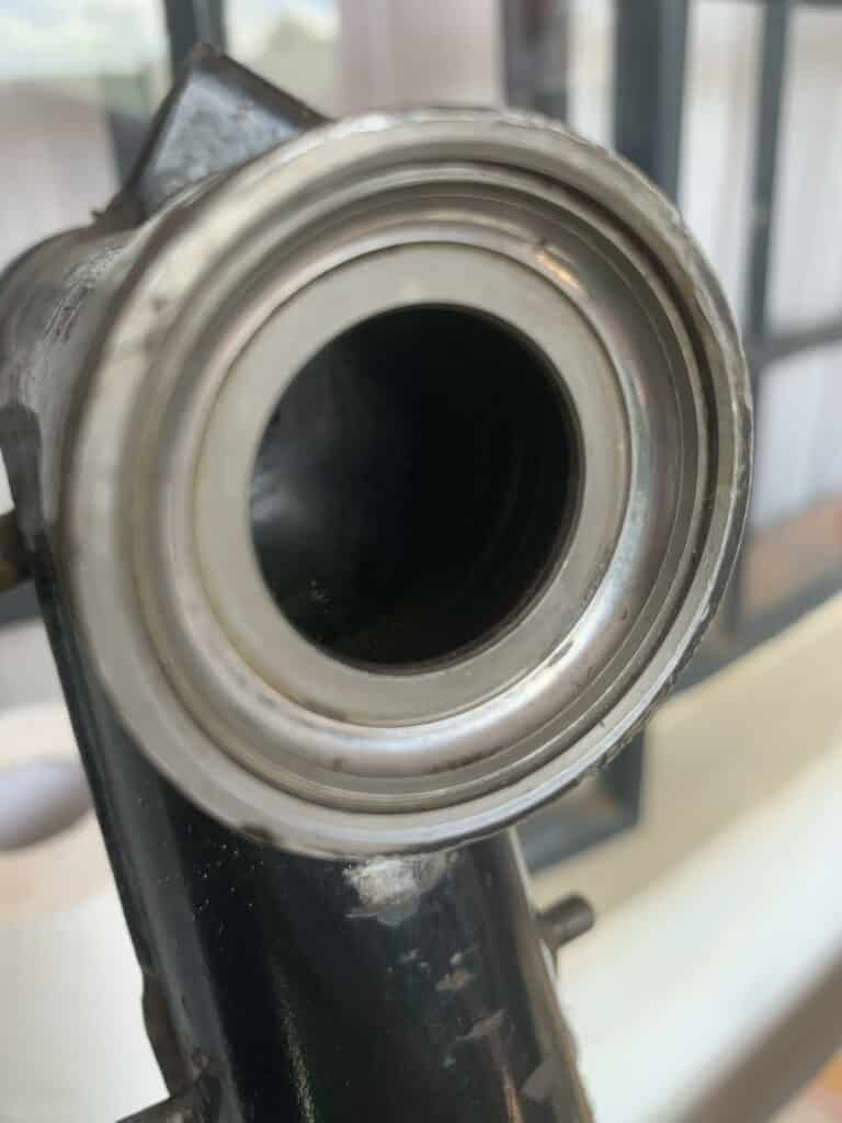 not to replace - upper ball bearing shell steering